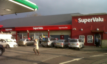 supervalu-window-exterior-signs